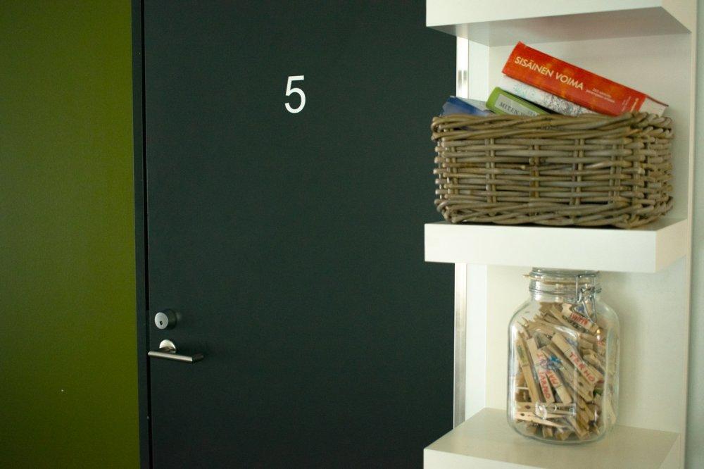 Laitoskuntoutuksen asiakkaitamme varten on käytössä 12 yhden hengen huonetta.